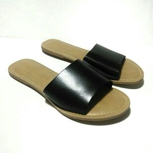 Coconuts by Matisse Black Slip On Sandals